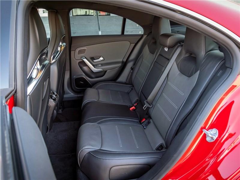 Mercedes-Benz CLA AMG 2020 задний диван