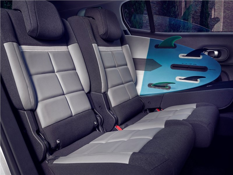 Citroen C5 Aircross Hybrid 2020 задний диван