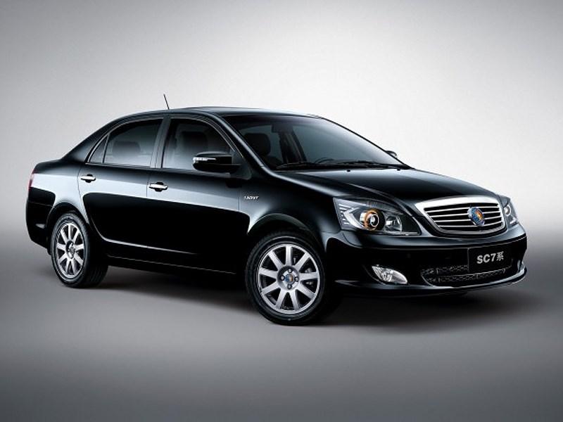 На российский рынок везут китайско-белорусские седаны Geely SC7
