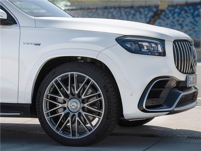 Mercedes-Benz GLS63 AMG 2021 передний свес