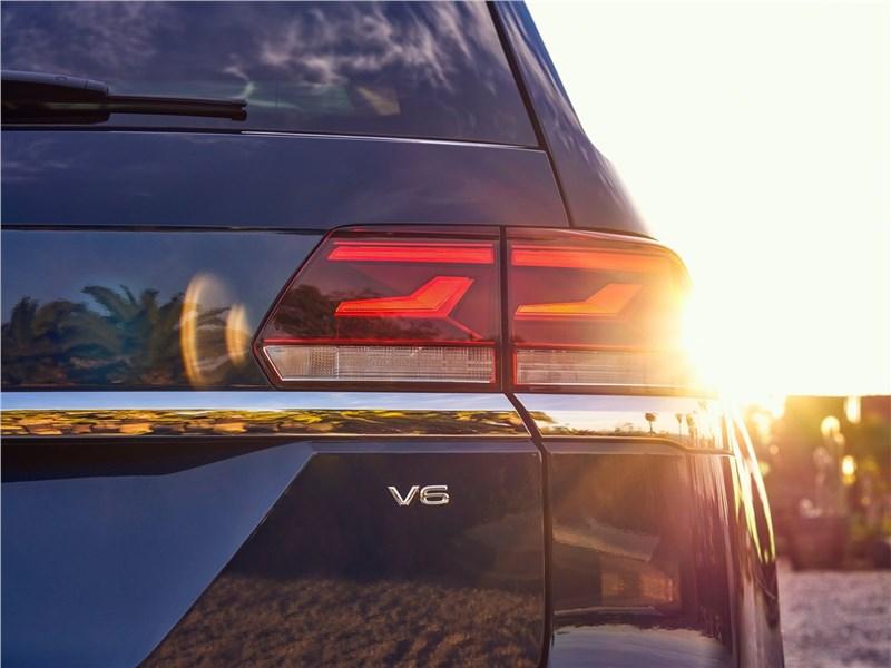 Volkswagen Atlas 2021 задний фонарь