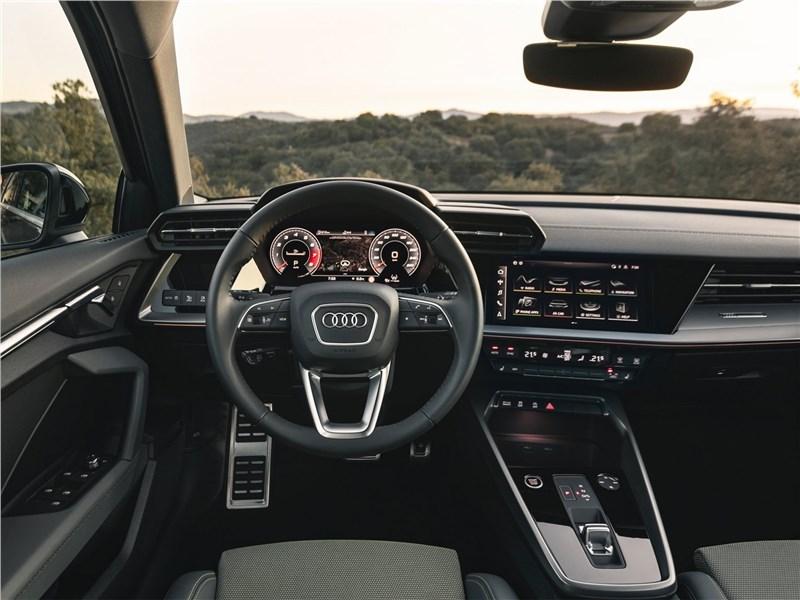 Audi A3 Sportback 2021 салон