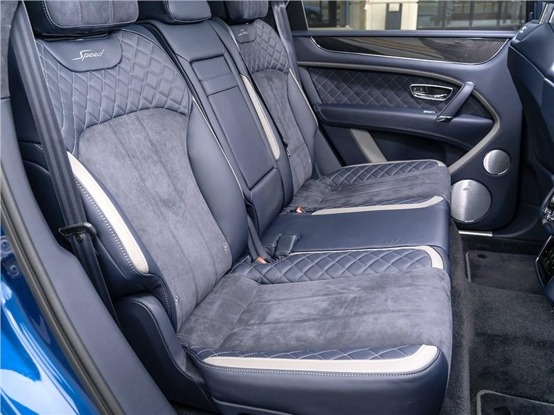 Bentley Bentayga Speed 2020 задний диван