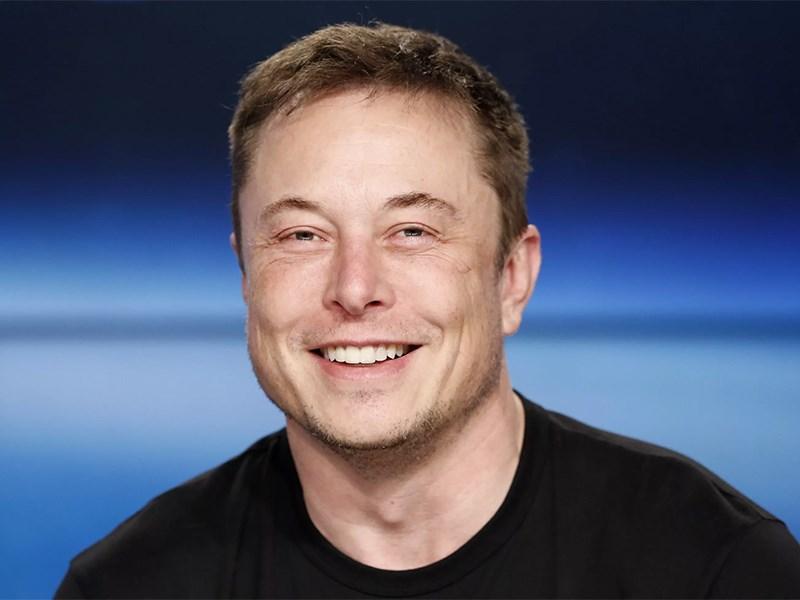 Глава Tesla впервые вошел в пятерку самых богатых людей мира