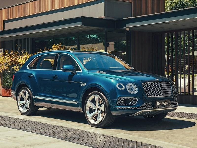 В России отзывают кроссоверы Bentley из-за дефектных ремней безопасности