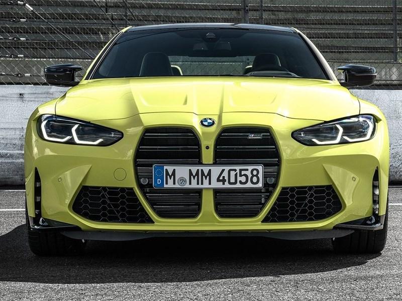 Главный дизайнер BMW отстаивает размер решетки радиатора