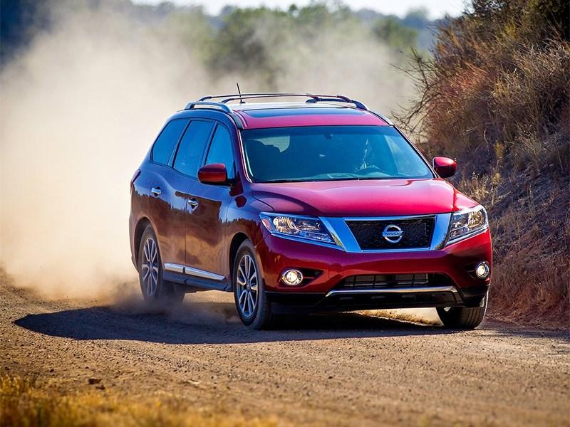 Российские Nissan Pathfinder попали под отзыв