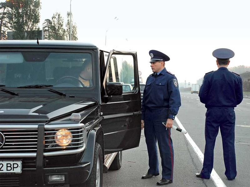 Депутаты предлагают взыскивать с богатых автомобилистов более крупные штрафы