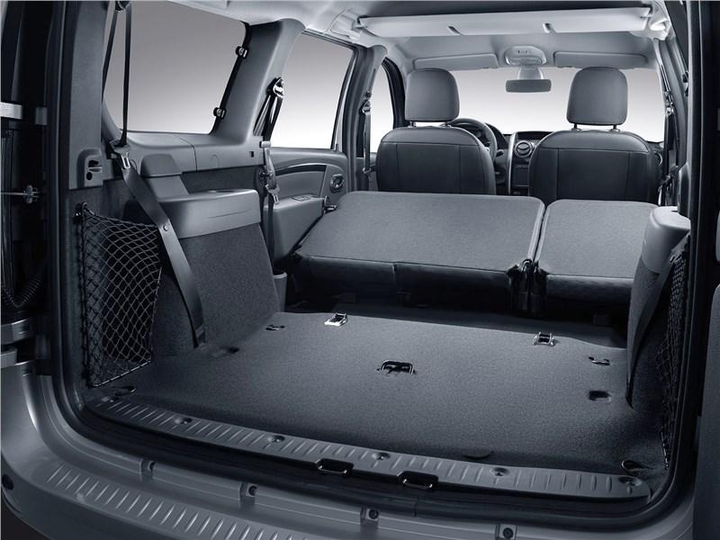 Lada Largus (2020) багажное отделение