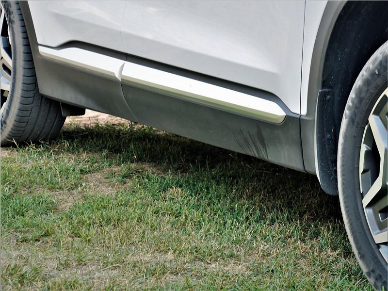 Hyundai Santa Fe (2021) боковые накладки