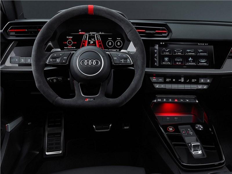 Audi RS3 (2022) салон