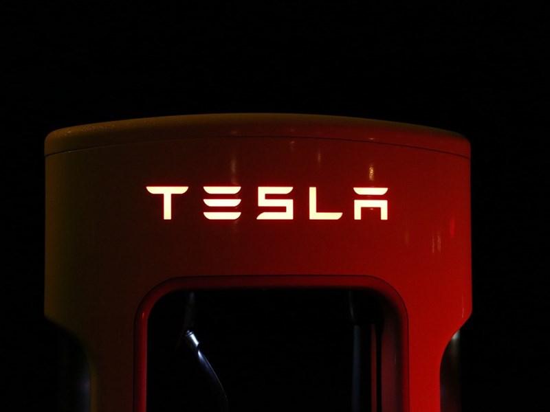 Маск решил сделать Tesla частной компанией