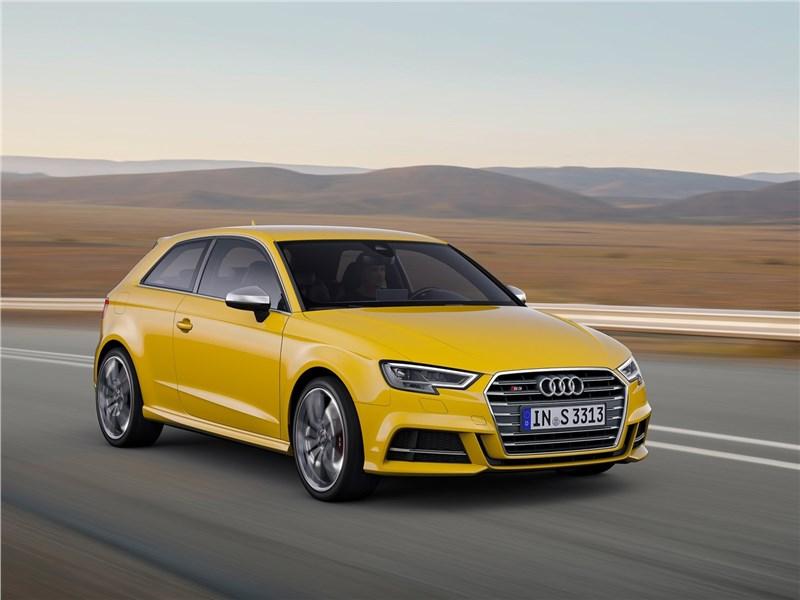 Audi S3 2017 вид спереди