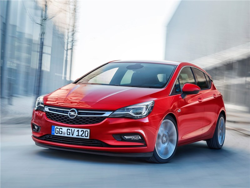 Доступная практичность (Chevrolet Lacetti SW, Ford Focus Wagon, Kia ceed SW, Opel Astra Caravan, Renault Megane Estate, Skoda Octavia Tour Combi, Volvo V50) Astra