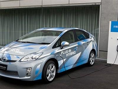 Половина гибридов, проданных в Европе в этом году, принадлежат марке Toyota