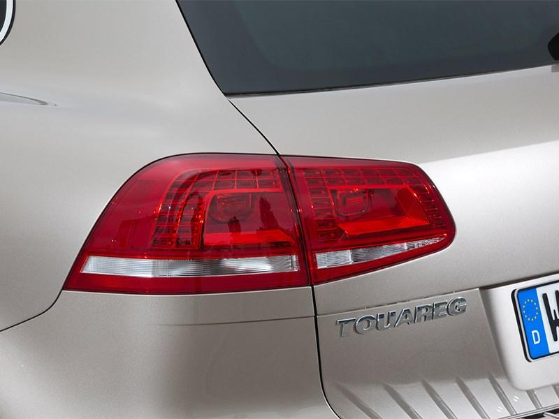Volkswagen Touareg 2014 задний фонарь