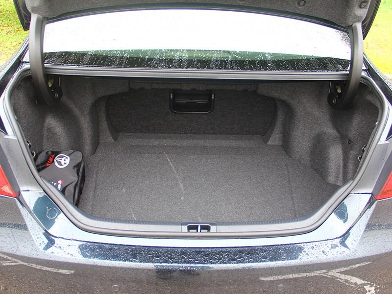 Toyota Camry 2014 багажное отделение