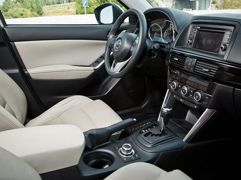 Mazda CX-5 передние кресла