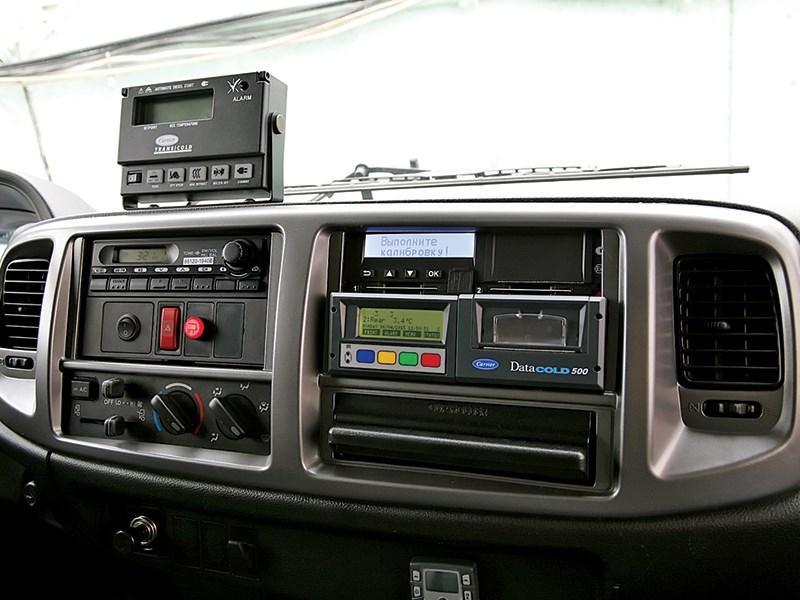 Hino 500 передняя панель