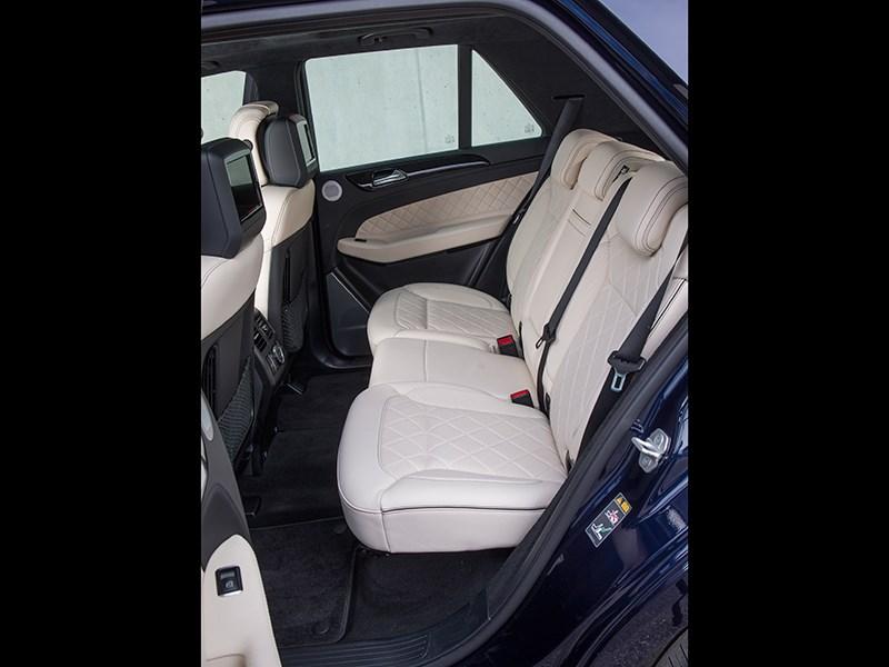 Mercedes-Benz GLE 2016 задний диван