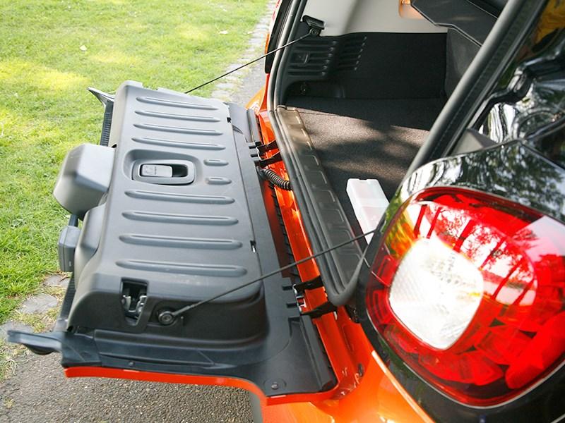 Smart Fortwo 2015 багажное отделение