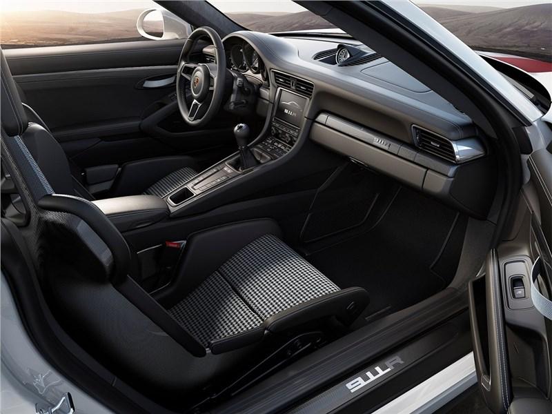 Porsche 911 R 2017 салон