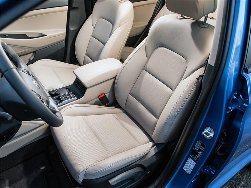 Hyundai Tucson 2016 передние кресла