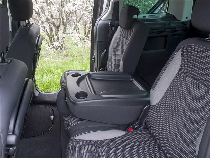 Peugeot Partner Tepee 2016 задний диван