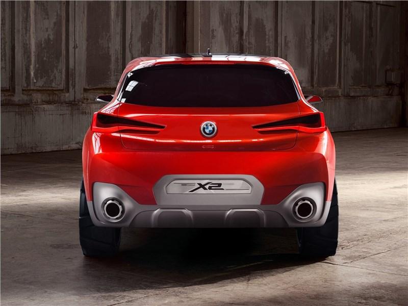 BMW X2 concept 2016 вид сзади