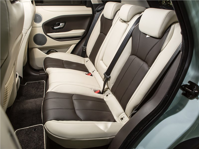 Land Rover Range Rover Evoque 2016 задний диван
