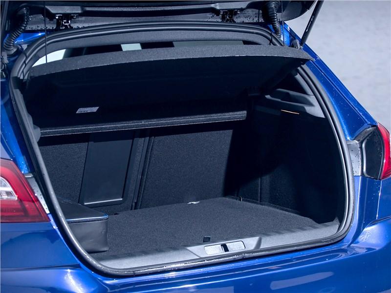Peugeot 308 2013 багажное отделение