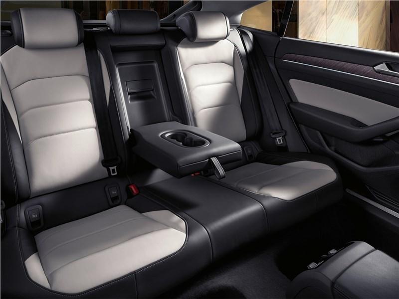 Volkswagen Arteon 2018 задний диван