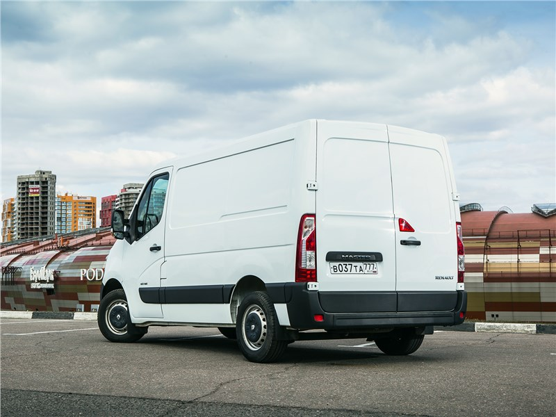 Renault Master 2014 вид сзади