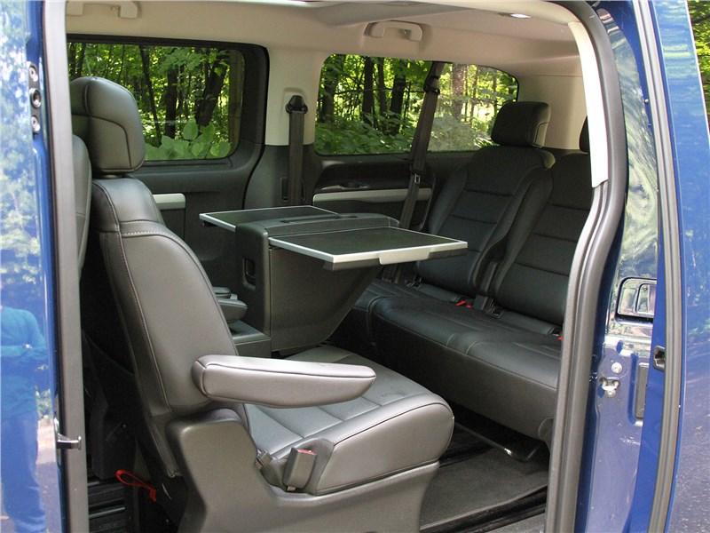 Citroen SpaceTourer 2016 кресла