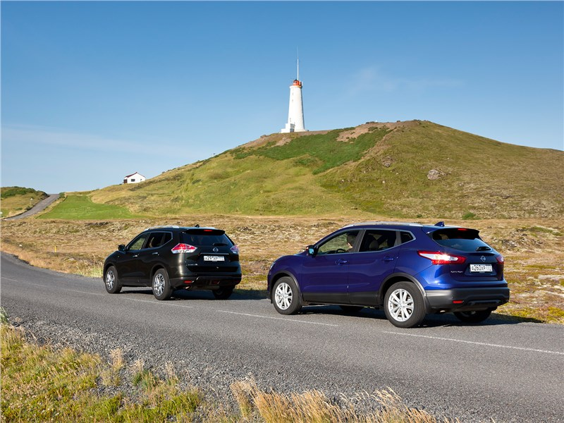 Nissan Qashqai и X-Trail вид сзади