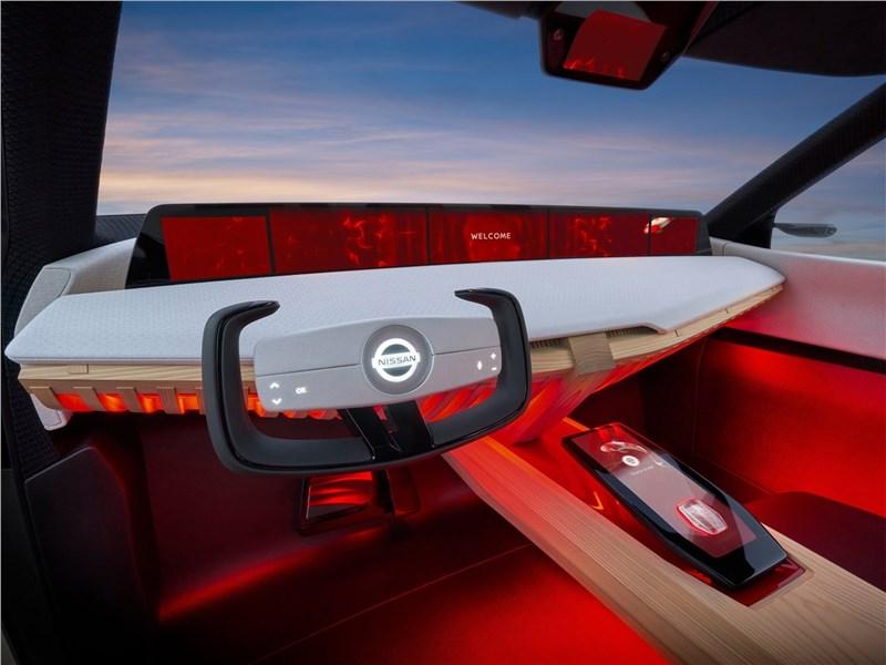 Nissan Xmotion Concept 2018 водительское место