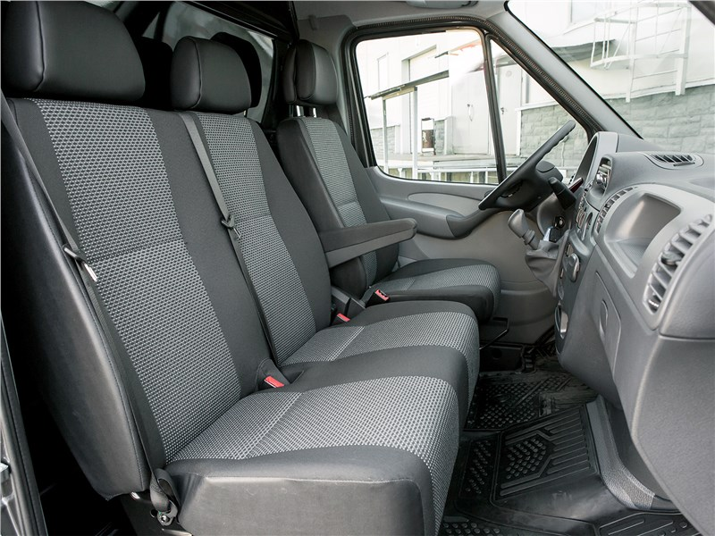 Mercedes-Benz Sprinter 2018 кресла
