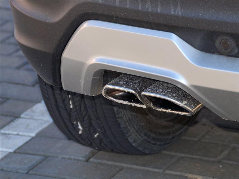 Lada Xray Cross 2019 выхлопная руба