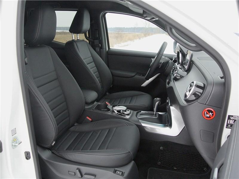 Mercedes-Benz X-Class 2018 кресла