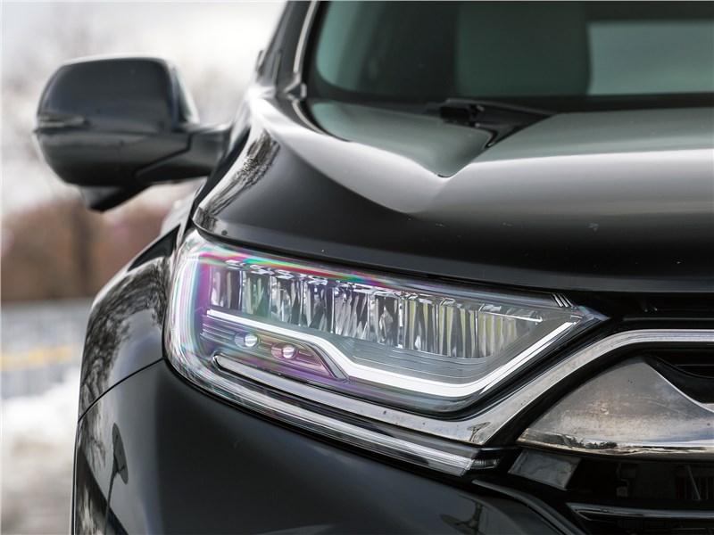 Honda CR-V 2017 передняя фара