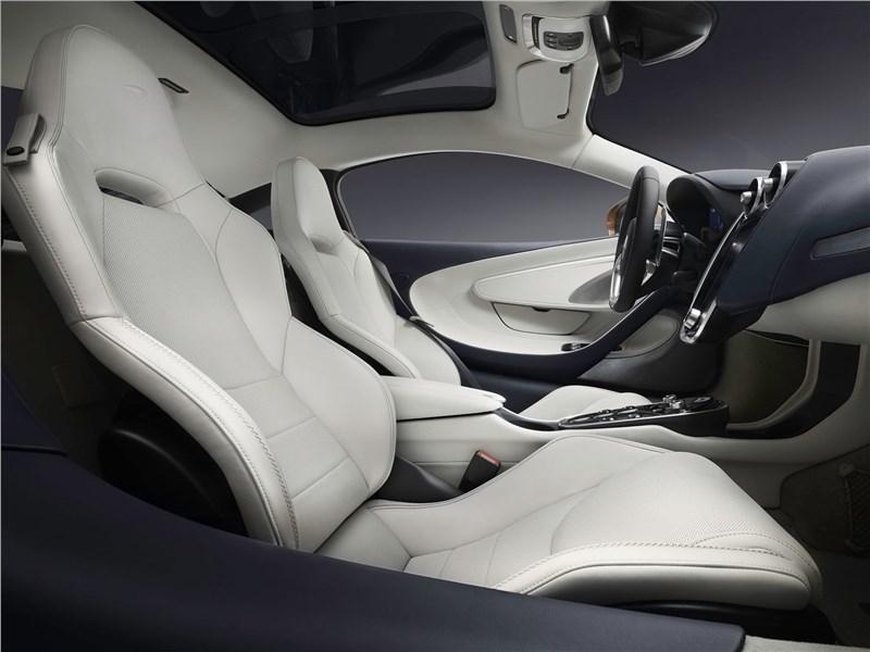 McLaren GT 2020 передние кресла