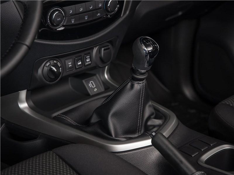 Nissan Navara 2020 КПП