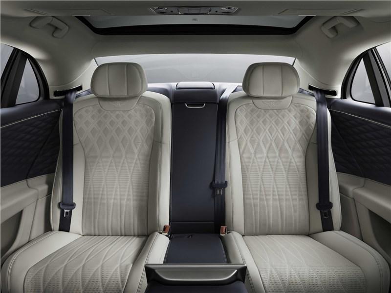 Bentley Flying Spur 2020 задний диван