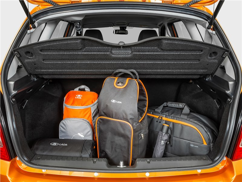Lada Granta Cross 2019 багажное отделение