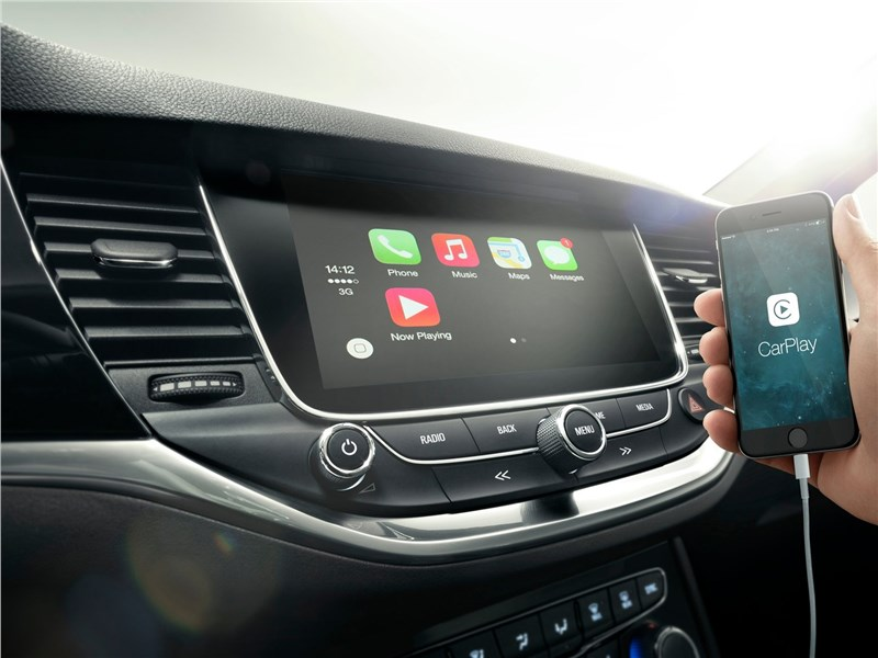 Opel Astra 2016 дисплей