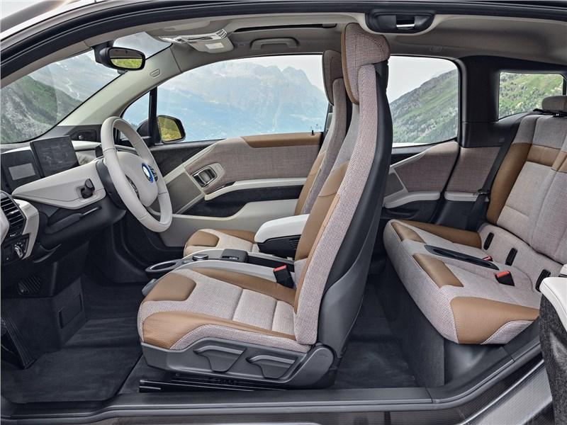 BMW i3 2018 салон