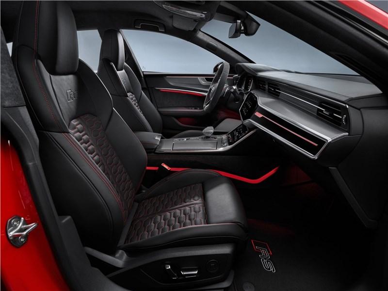 Audi RS7 Sportback 2020 передние кресла