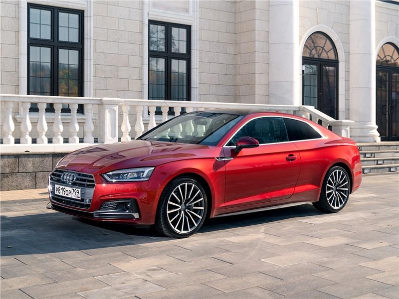 Вызывающий зависимость Audi А5 Coupe