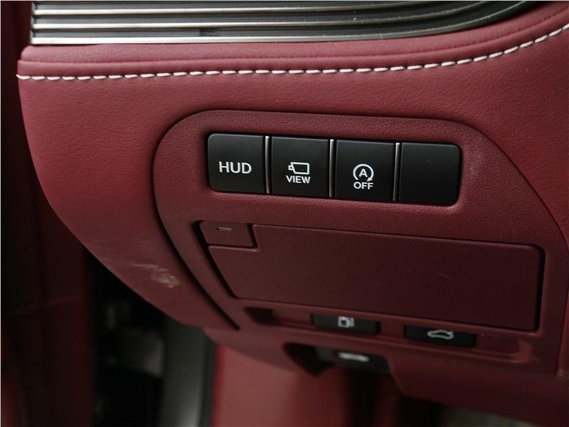 Lexus LS 500 2018 кнопки