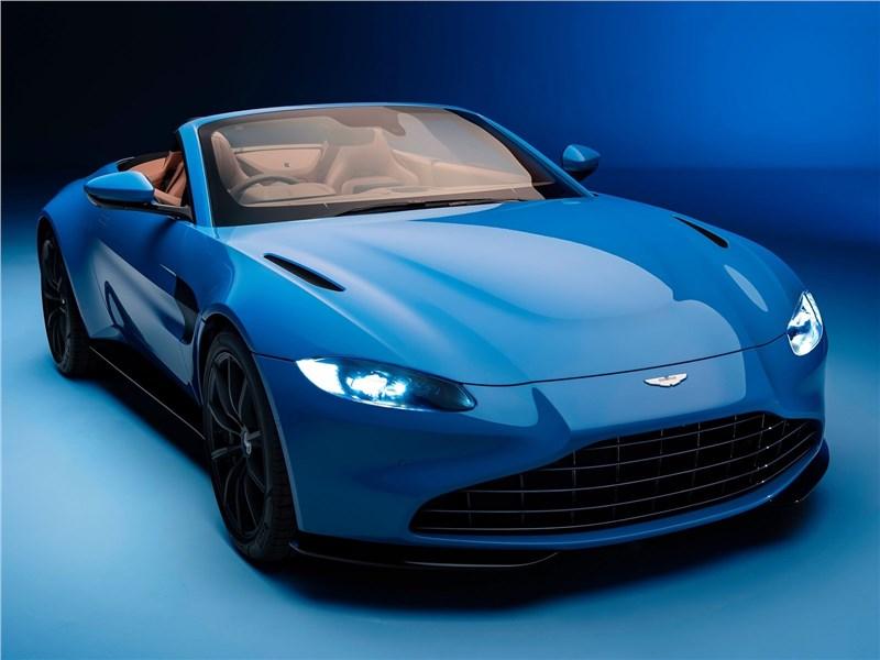 Aston Martin Vantage Roadster 2021 вид спереди